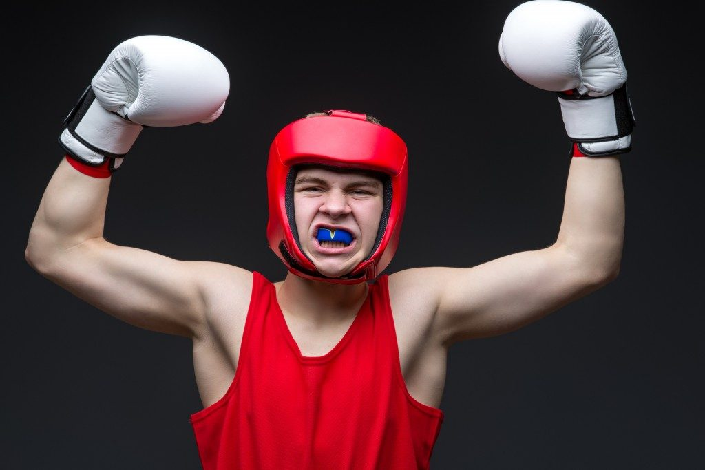 boxer wearing mouthguard