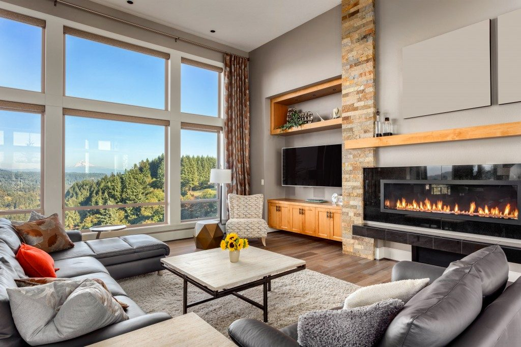 big luxurious living room with fireplace