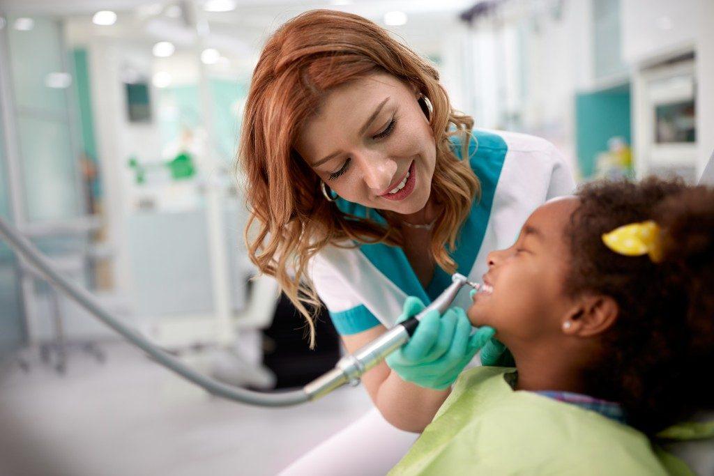 children in their dentist