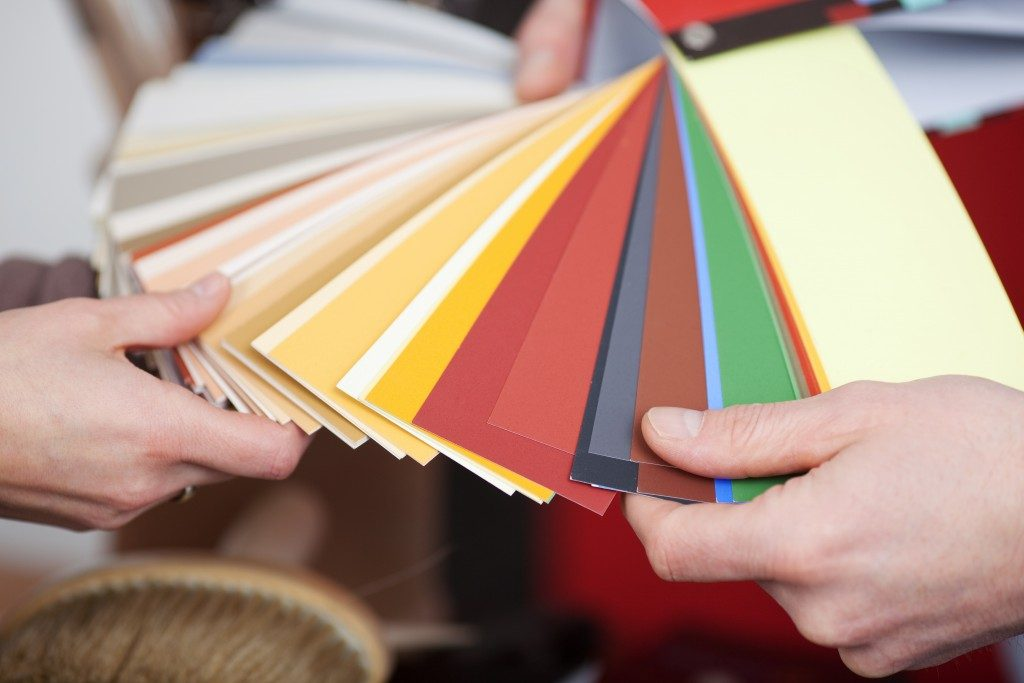 Color swatches for the right color